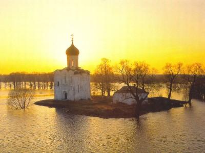 http://tzarskiy-khram.narod.ru/nerl.jpg